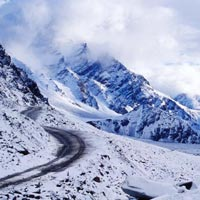 Manali Deo Tibba & Hamta Valley Trek Tour