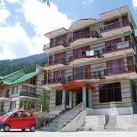 3 Night 4 Days Beautiful Manali Package