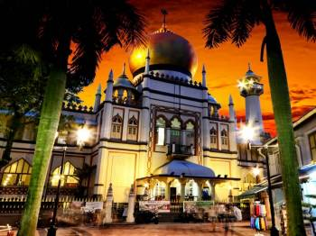 Fascinating Singapore with Sentosa Tour