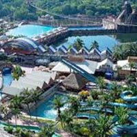 Exploration of Kuala Lumpur and Sunway Lagoon Tour