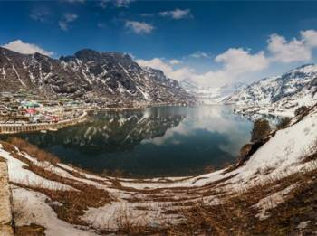 Gangtok – Tsomgo Lake Tour