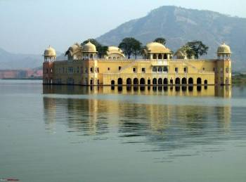 Overnight Agra Jaipur Tour