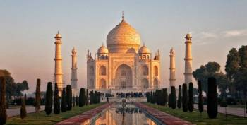 Day Tour to Taj Mahal from Mumbai Package