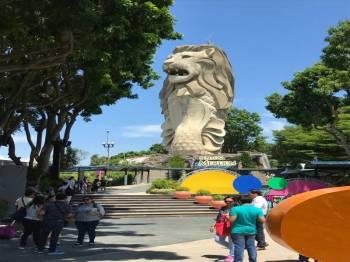 Singapore Surprise Tour