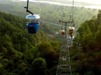 Madikeri – Mysore –belur-halebeedu Tour