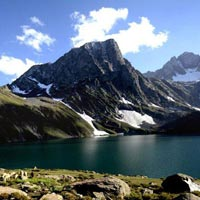 Kashmir Trekking Tour ( 7 Days - 6 Nights ) Back to Tours
