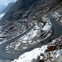 Gangtok-lachung Tour Package