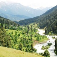Kashmir 3 Star Package for 6 days (Pay for Four nights get 5th Night free with breakfast & dinner )