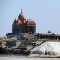 Kerala 5 Star Holiday package with Houseboat for 8 Days