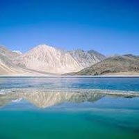 Ladakh Package for 6 Days with Premium Hotel