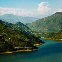 Himachal 8Night/9days Honeymoon Tour package By Car