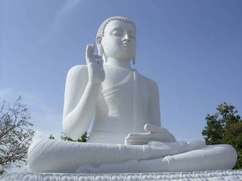 Maha Buddha Stupas Tour