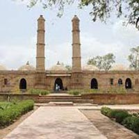 North Gujarat Darshan with Udaipur Tour