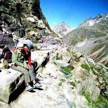 Hamta Pass Trek Tour