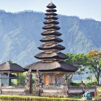 Singapore Bali Honeymoon Package