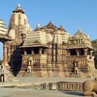 Golden Triangle with Varanasi and Khajuraho Tour