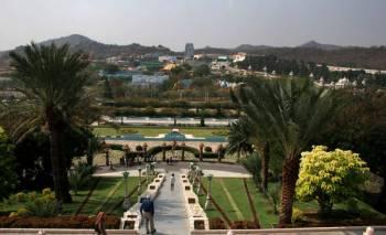 Hyderabad - Ramoji Film City Srisailam Tirupathi Tour
