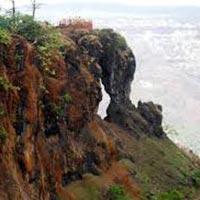 Maharashtra Honeymoon Holiday Package