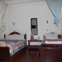 2 night 3 days hotel jungle vista package in chitwan sauraha
