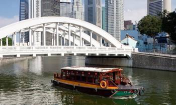 Singapore + 2 Nights Cruise Tour