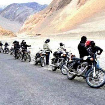 Laddakh Bike Tour Manali To Srinagar Via Henle