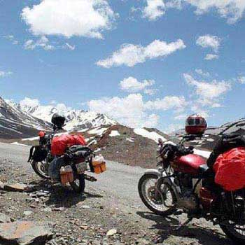 Laddakh Bike Tour Srinagar to Manali via Henle