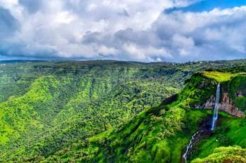 Mumbai to Mahabaleshwar (02 nights 03 days)