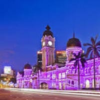 Explore Malaysia For Its Cultural Richness And Natural Tour