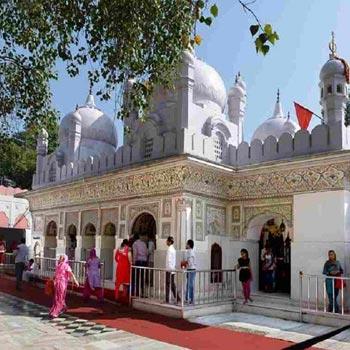 Himachal – Amritsar –Chandigarh Tour