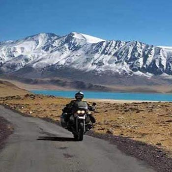 Discover Ladakh by Bike 2018 Tour
