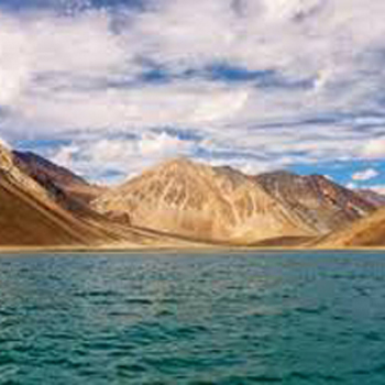 Journey 4: Ladakh – lake and silk route Tour