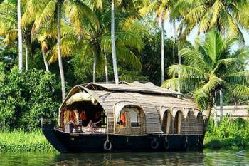 Kerala Hill Station-Back Water-Wildlife-and Beach Honeymoon Package