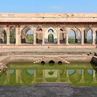 3 Days Mandu Tour Package