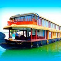Houseboat Cruise Overnight Stay