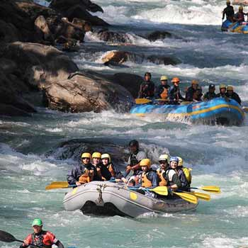 Experience Thrilling Adventure of 1 Night- 2 Days Camping Rafting with Central Himalayan Adventure