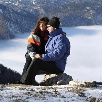 Special Shimla Manali Honeymoon holiday package starting from Rs.7499Special Shimla Manali Honeymoon