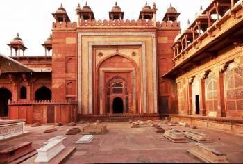 Noida Agra Fatehpur Sikri Jaipur Bhilwara Chittorgar...
