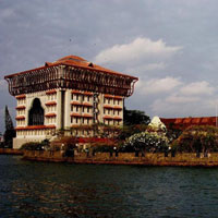 Treasures of Kerala (6N/7D) Tour