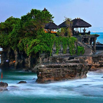 GH-95. INDO / BALI HONEYMOON PACKAGE 05 NIGHTS / 06 DAYS