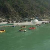 Marine Drive Rafting And One Night Camping Tour