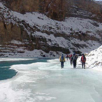 Chadar Trek in Zanskar Tour