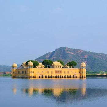 Delhi Jaipur Udaipur Tour Package