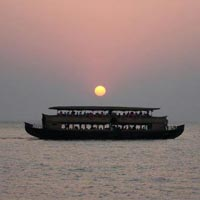 Kerala Wildlife & Backwaters Tour