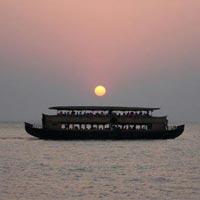Kerala Wildlife & Backwaters Tour