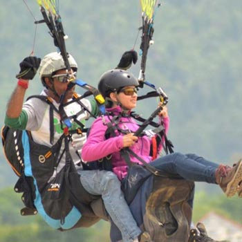 1Day : Paragliding At Bir Billing ( Hp) Tour
