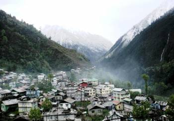 7 Days Gangtok-lachung -yumthang Valley-darjeeling - Nepal Package