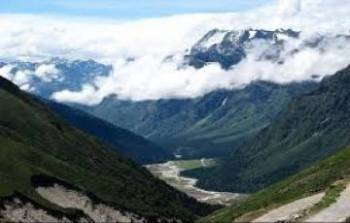 7 Days Gangtok-Lachung -Yumthang valley-Darjeeling -Nepal Package