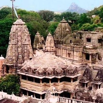 RK001UDR - 2 Days-1 Night ( Udaipur City – Nathdwara) Tour