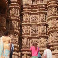 Khajuraho Orcha Datia At The Sources And The Regeneration Of The Hindu Spirituality Tour
