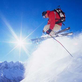 Skiing Tour In Gulmarg